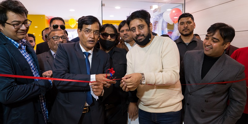 Eye7 Shaheen Bagh was recently inaugurated by Mr. Amanatullah Khan and Mr. Aaley Mohammaed Iqbal (Aam Aadmi Party)